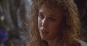 Wow, Kristen Wiig was not looking good back in 1995.